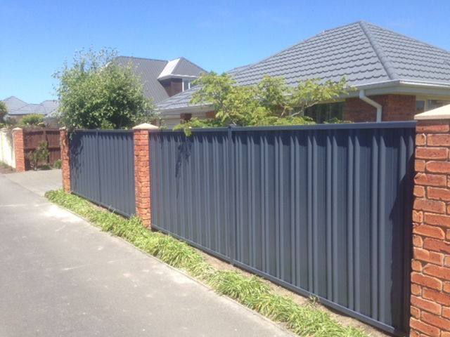 Moduline Colourscreen fencing
